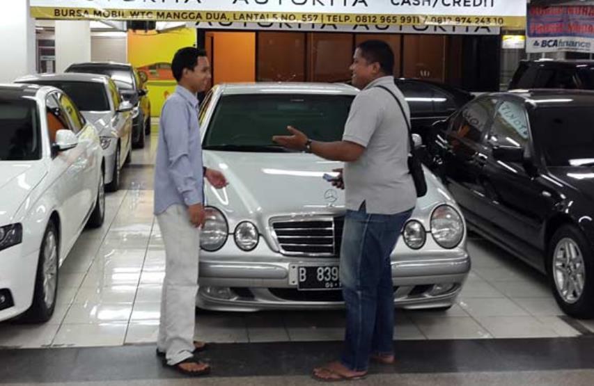 Tips Aman Membeli Mobil Bekas Di Situs Online