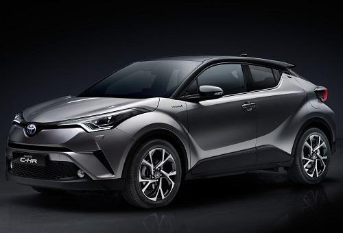 Mobil Toyota C-HR 2018 berwarna abu-abu dilihat dari sisi samping