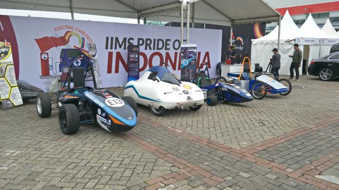 Deretan Mobil listrik karya Mahasiswa di IIMS 2018
