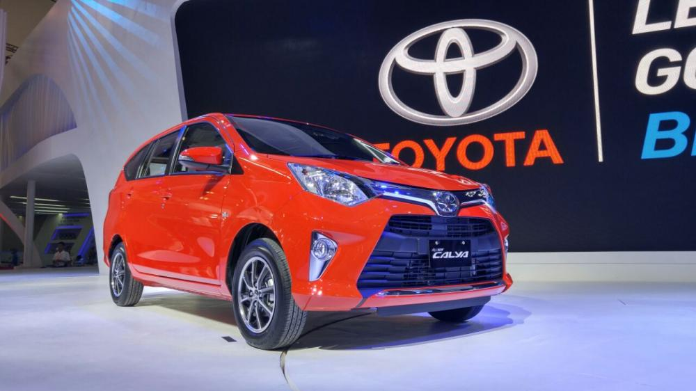 Toyota Calya Model pertama Toyota di segmen mobil murah LCGC