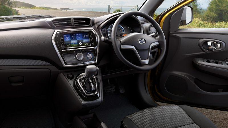 Gambar bagian dashboard mobil Datsun Go Cross CVT 2018