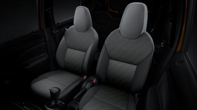 Bagian kursi mobil Datsun Go Cross CVT 2018