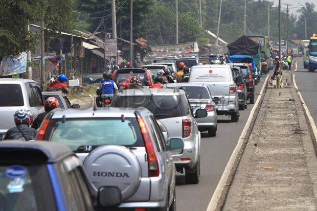 Gambar kepadatan lalu lintas di saat mudik
