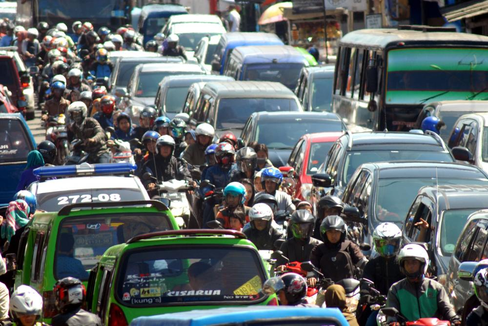 Gambar kepadatan lalu lintas kota besar