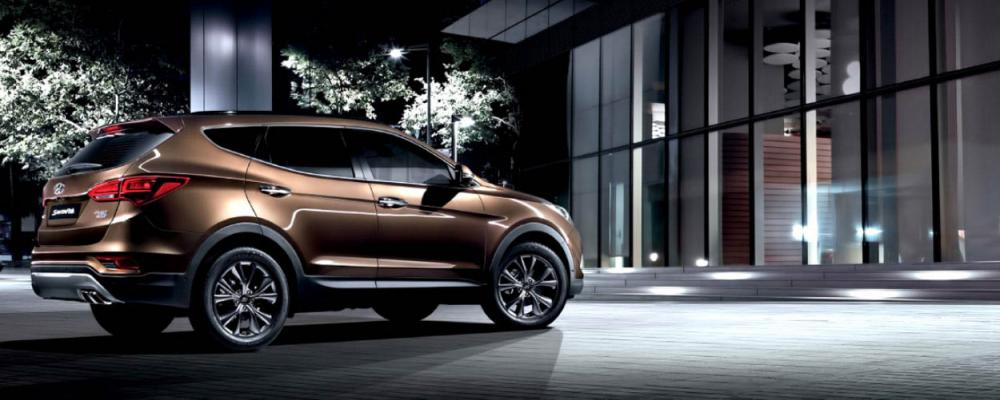 Hyundai Santa Fe Tipe Gasoline 2018 berwarna coklat