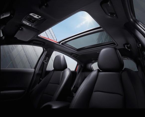Tampilan bagian interior mobil Honda HR-V Facelift 2018