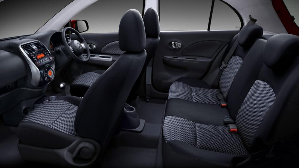 Interior Kabin Nissan March