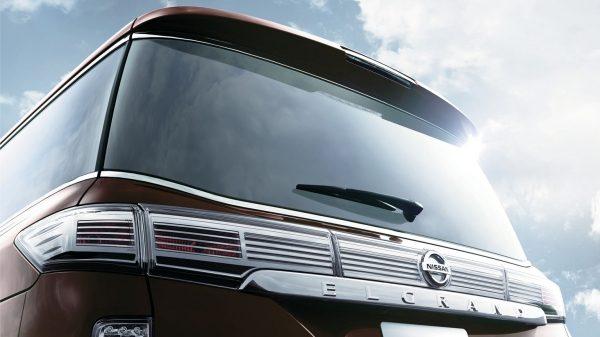 Kemewahan Hadir Hingga Ke Sisi Belakang Nissan Elgrand