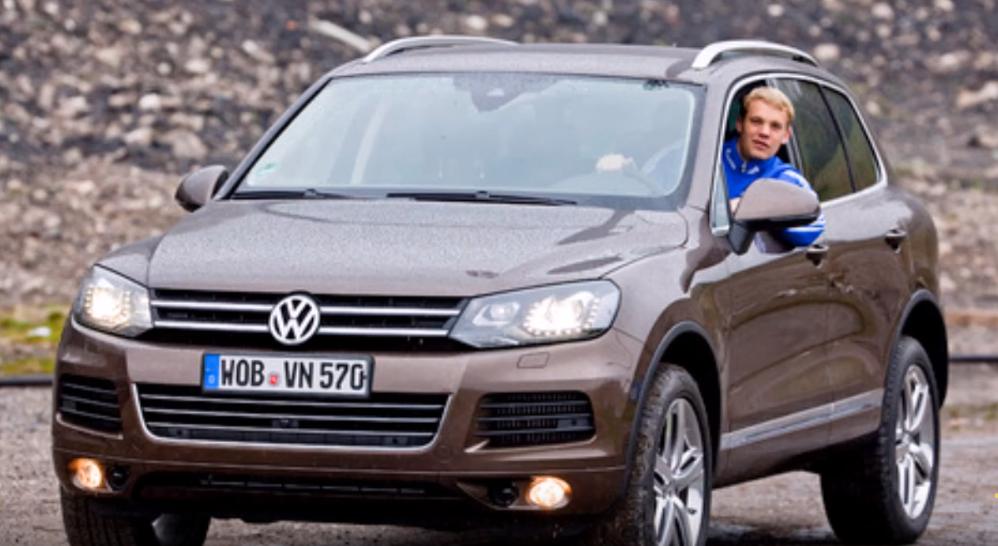 VW Toureg milik Manuel Neuer