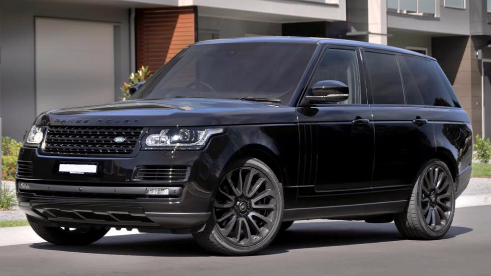 Range Rover Vogue milik Edinson Cavani
