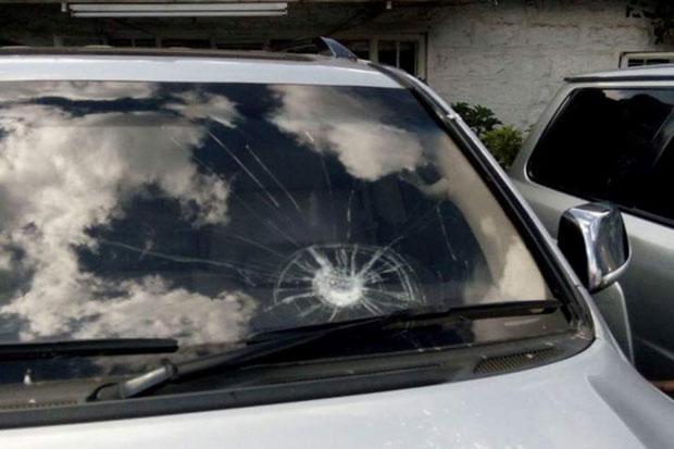 Gambar kaca mobil anti peluru