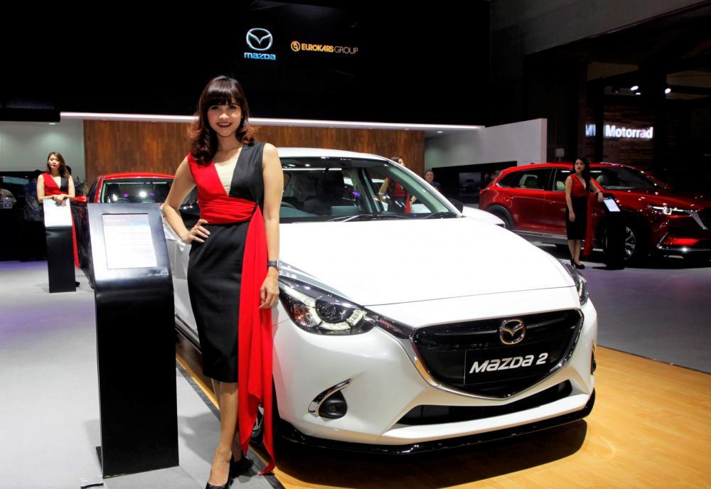 Gambar booth Mazda di IIMS 2018