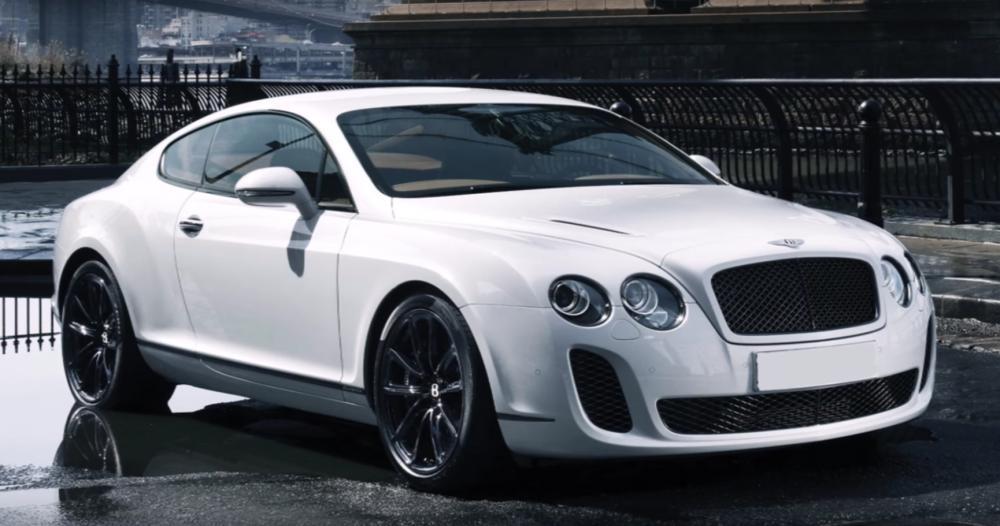 Bentley Continental warna putih milik Harry Kane