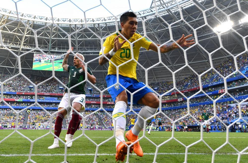 Roberto Firmino saat pertandingan Brazil vs Meksiko di Piala Dunia 2018