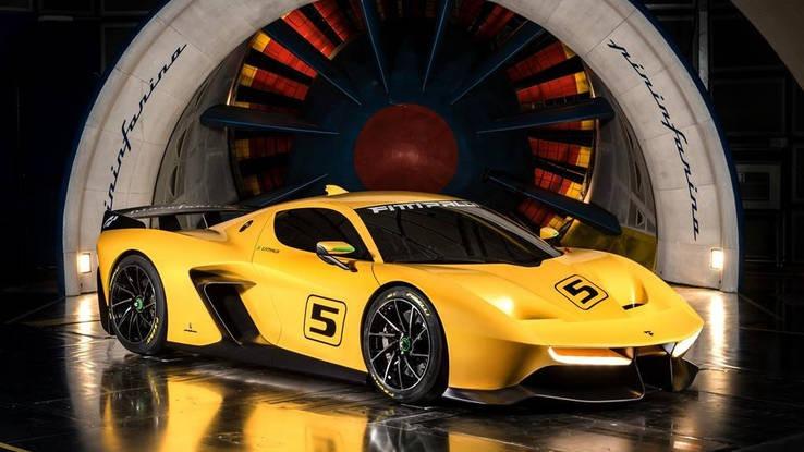 Gambar yang menunjukan mobil supercar balap terbaru Emerson Fittipaldi EF7