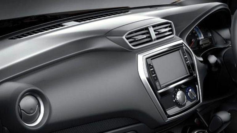 Desain Dashboard Datsun Go CVT 2018