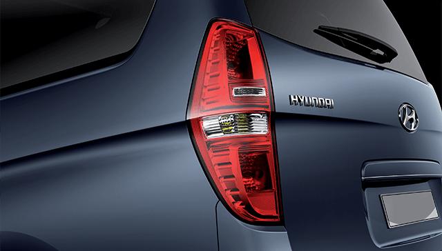 Hyundai Starex Dengan Kaca Besar Mendukung Visibilitas Pengemudi