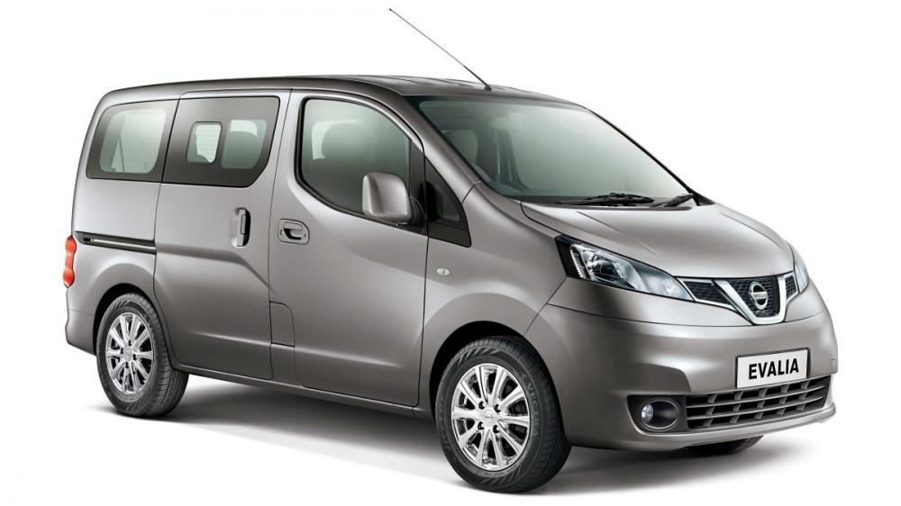 Nissan Evalia Juga Punya Sliding Door Seperti Starex