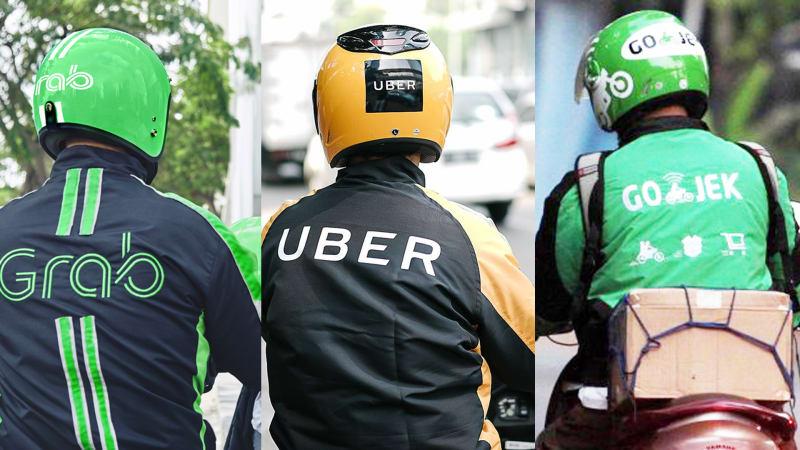 Gambar yang menunjukan beberapa driver ojek online yang ada di Indonesia