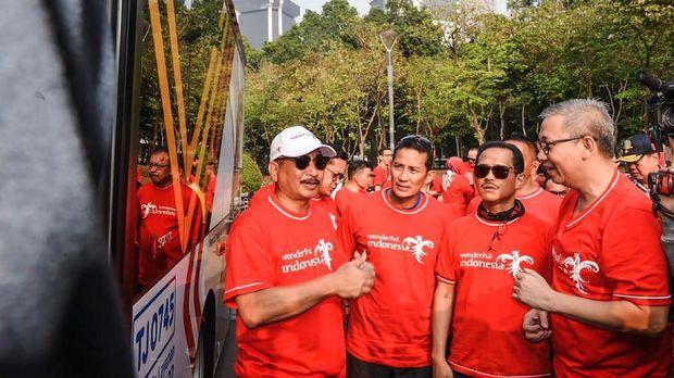 Gambar yang menunjukan Menteri Pariwisata Arief Yahya