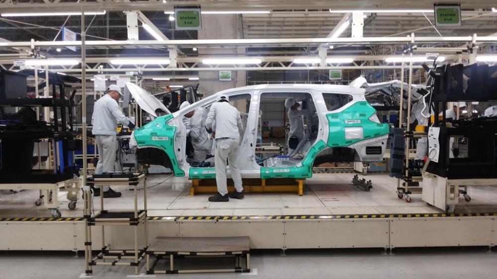 Aktifitas Perakitan Mitsubishi Xpander di pabrik