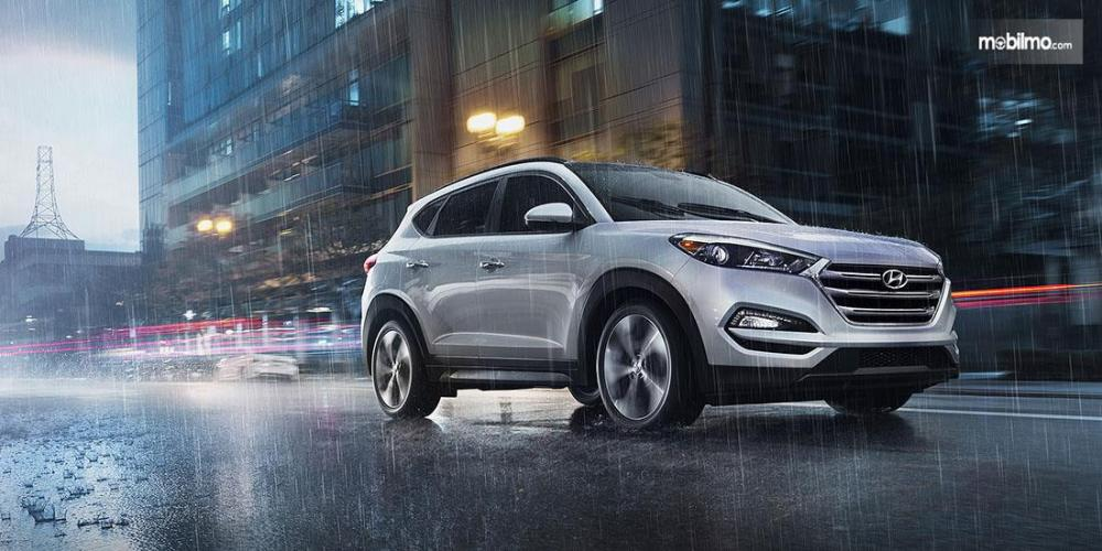 Hyundai Tucson 2017 Dengan Auto Light Control