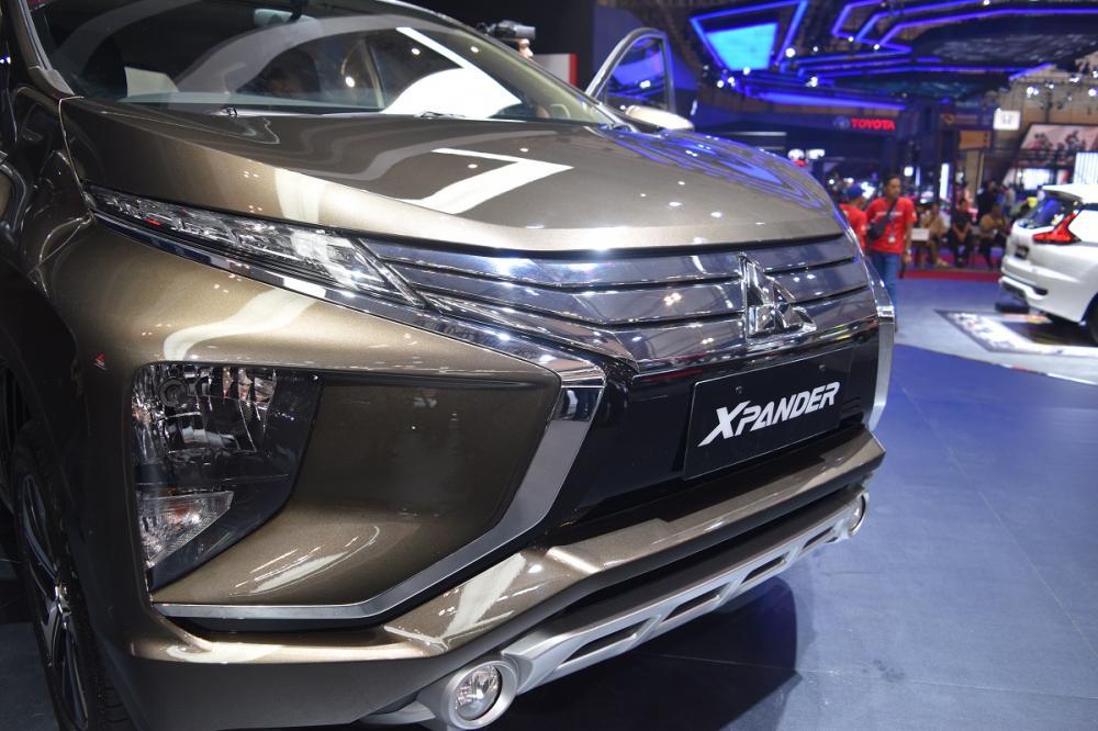 Gambar yang menunjukan mobil baru Mitsubishi Xpander pada gelaran GIIAS 2018