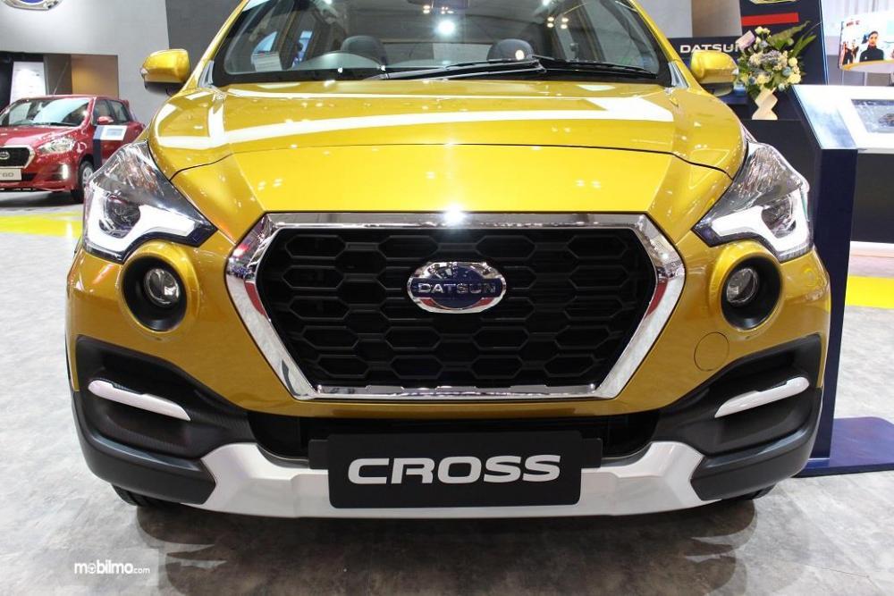 Gambar yang menunjukan mobil baru Datsun Cross pada GIIAS 2018