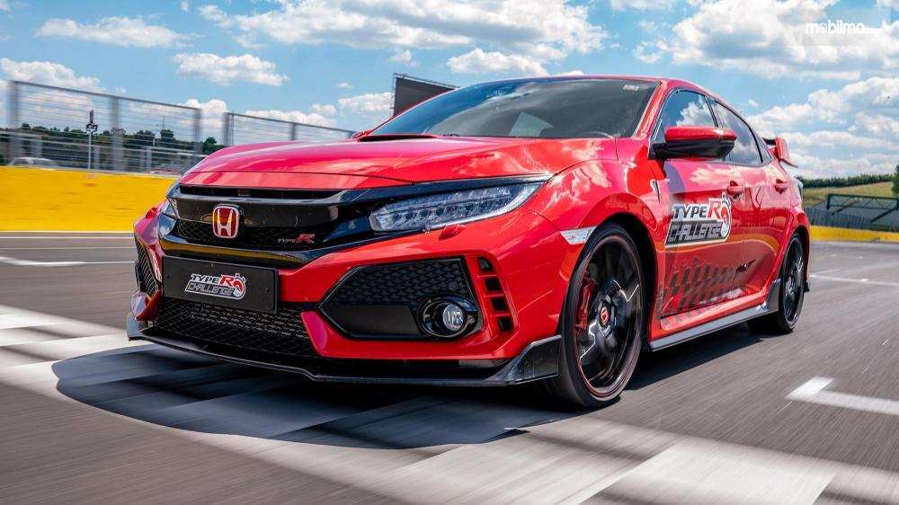 Close Up Civic Type R Challenge Hungaria 2018
