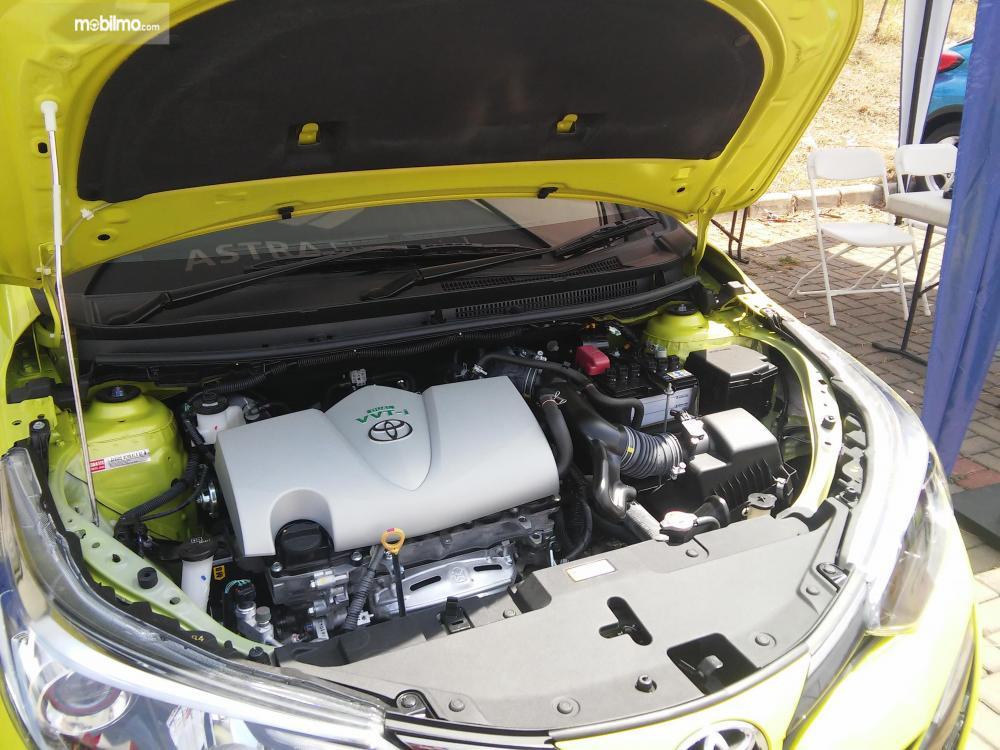 Tampak mesin 2NR-VE pada Toyota Yaris TRD Sportivo 2018