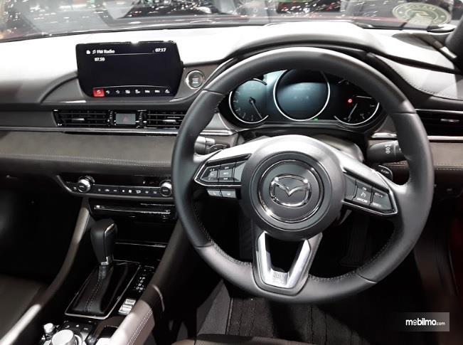 Setir Mazda6 Sedan 2018 Stylish Dengan Banyak Fungsi