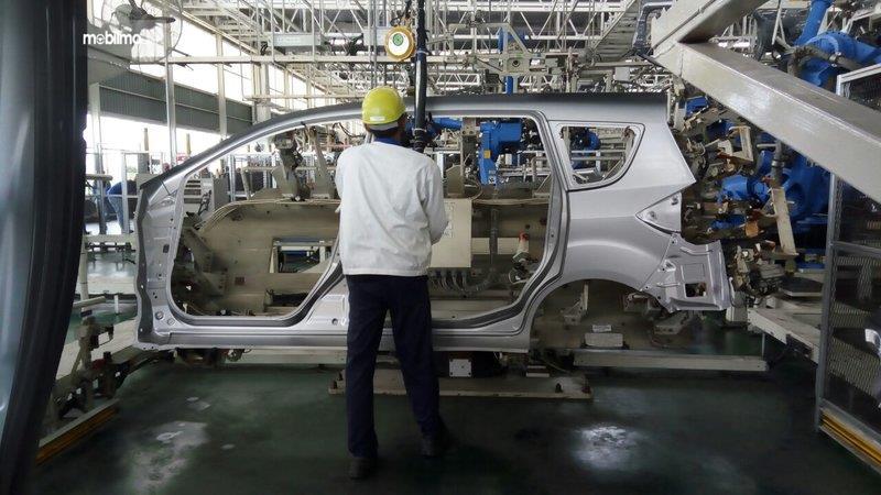 Foto aktifitas Perakitan All New Ertiga di pabrik Suzuki