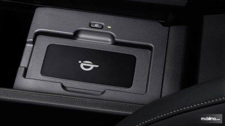 Wireless Charging di Lexus NX300T F-SPort 2018