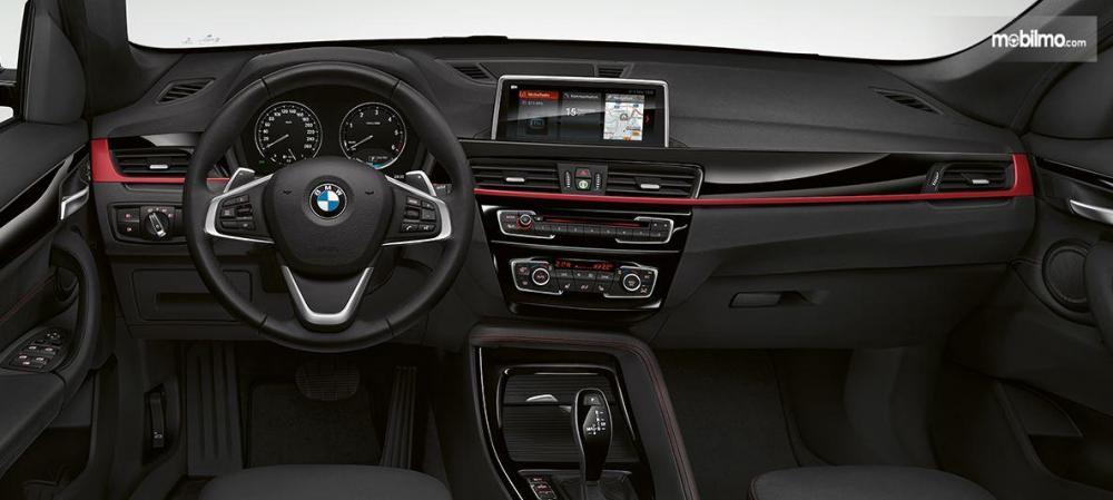 BMW X1 2018 Selalu Memiliki Dashboard Soft Touch Mewah