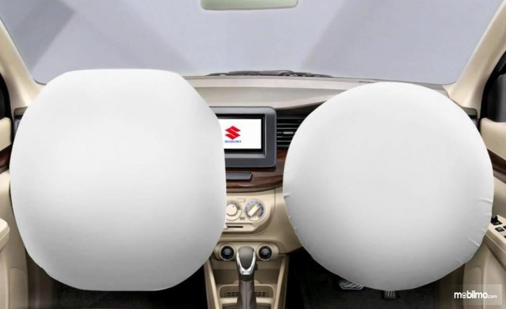 fitur keselamatan Suzuki Ertiga GL 2018 berupa Dual SRS Airbags khusus penumpang depan