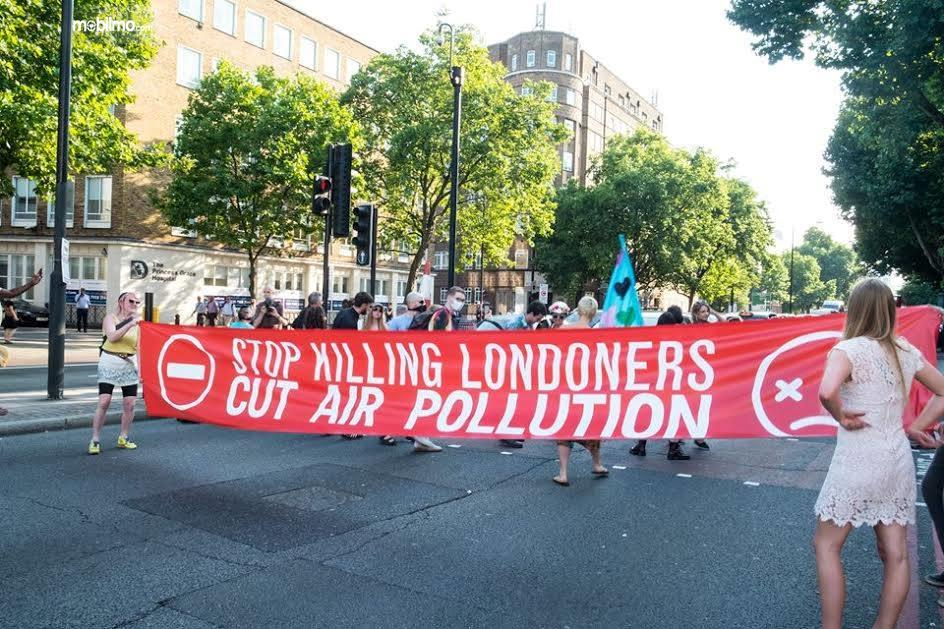 Foto Kampanye kesehatan udara di London