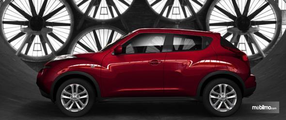 Nissan Juke 2018 Terlihat Tinggi Dari Samping