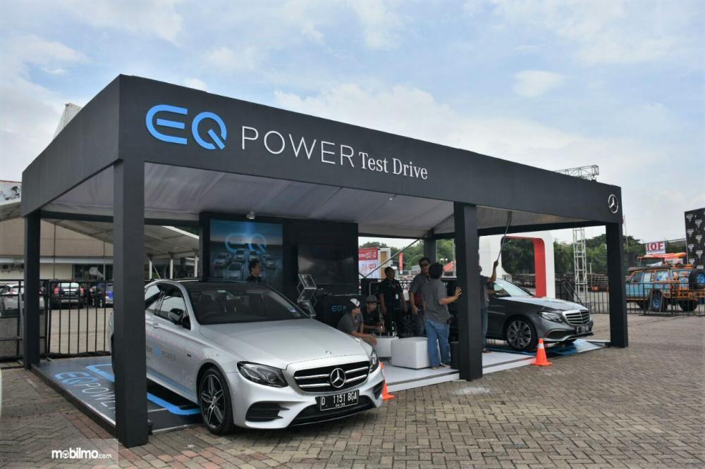 Foto Mercedes-Benz EQ Power di pameran otomotif
