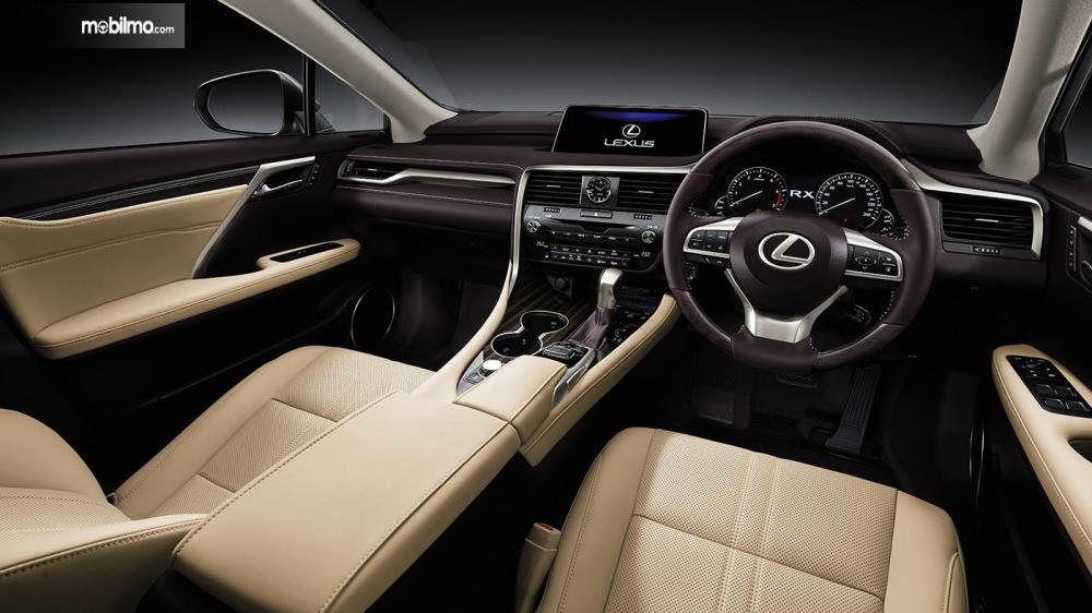 Tapak Sebuah Kabin Lexus RX350L 2018