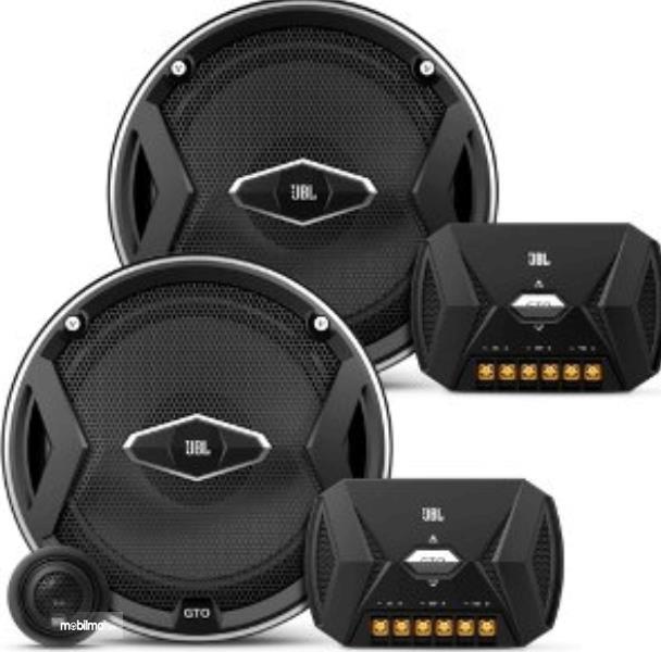 Gambar ini menunjukkan speaker Mobil jenis component dengan beberapa model