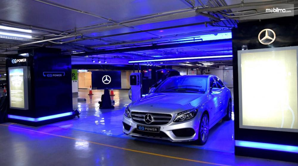 Foto Privilege Parking with EQ Power Charging di Plaza Indonesia