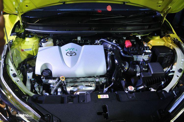 bagian mesin Toyota Yaris E M/T 2018 berkapasitas 1.496 cc