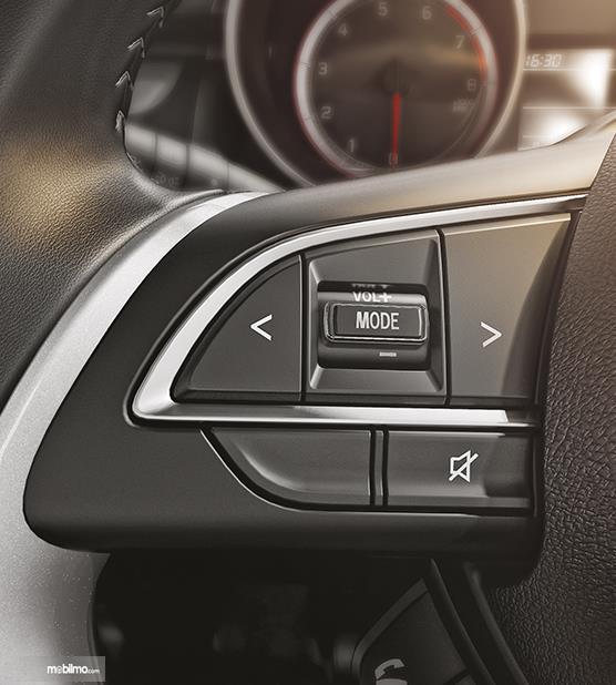 Tampak susunan tombol Suzuki Swift 2019