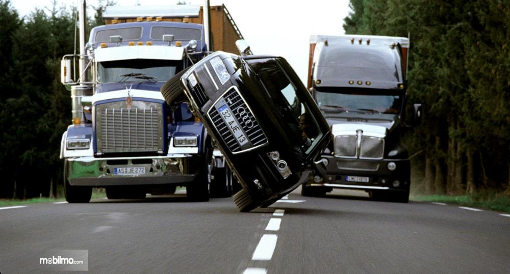 Foto aksi Jason Statham dalam film Transporter