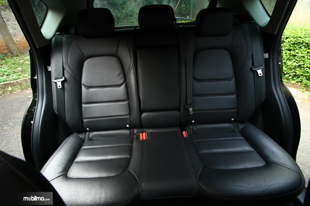 Gambar yang menunjukan kursi All New Mazda CX-5 2018