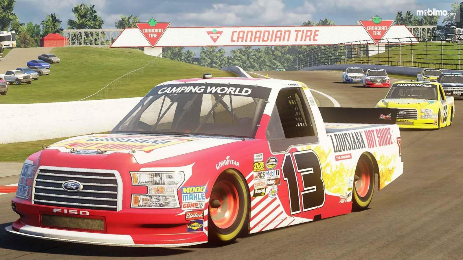 Gambar yang menunjukan mobil NASCAR Heat 3