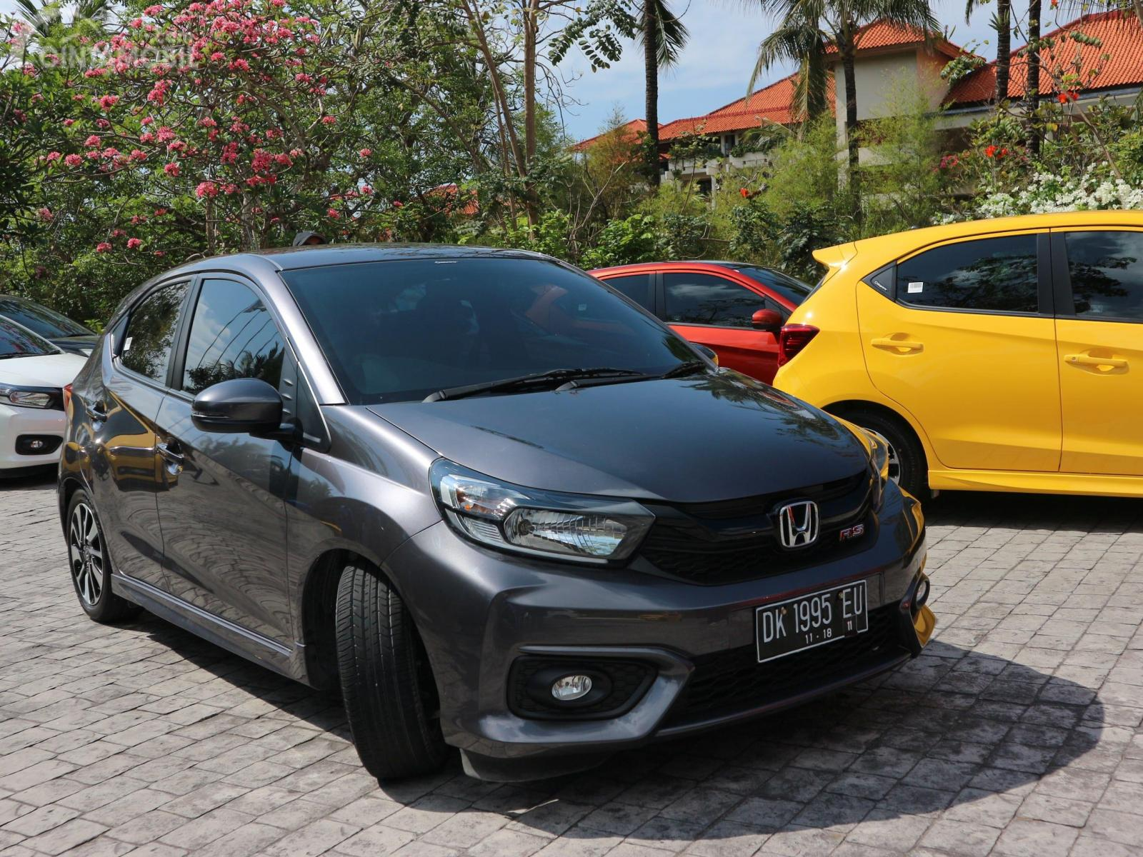 Kelebihan Harga Brio Rs 2018 Spesifikasi