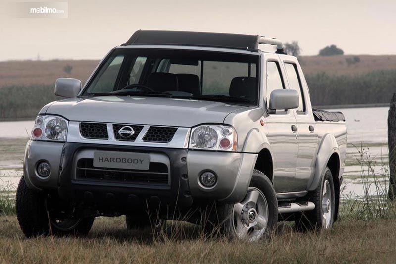 Gambar yang menunjukan Nissan NP300 Hardbody di Afrika Selatan