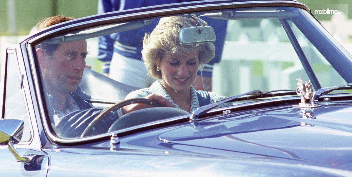 Gambar Pangeran Charles dan Putri Diana