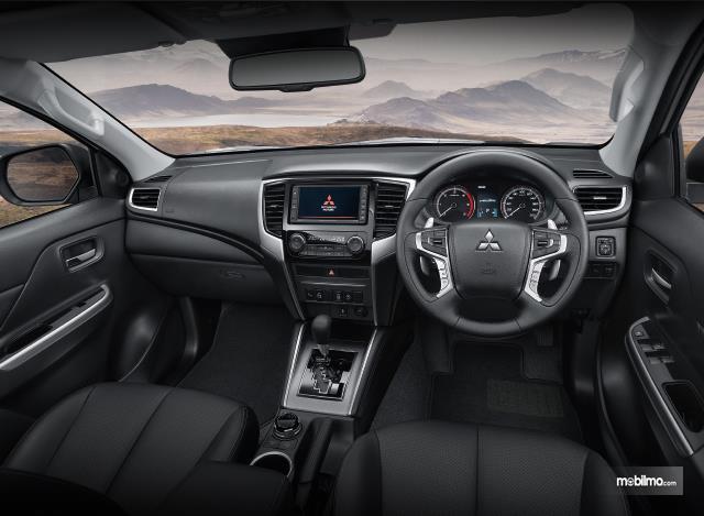 Gambar layout dasbor Mitsubishi Triton 2019
